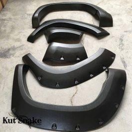 Kut Snake Flares - LDV T60 - Full Set